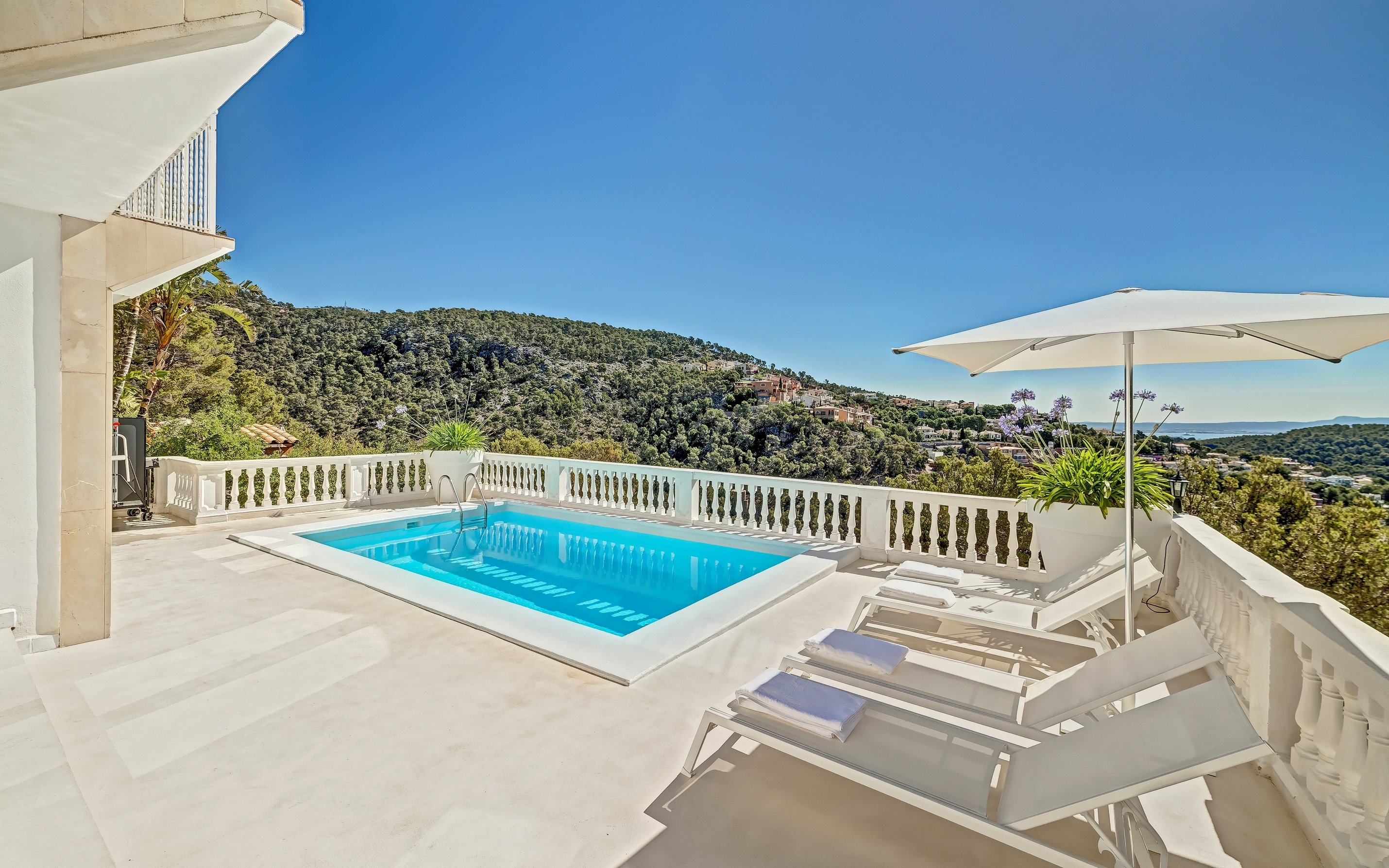 Luxury villa for sale in Costa dén Blanes | 9723 | Mallorca