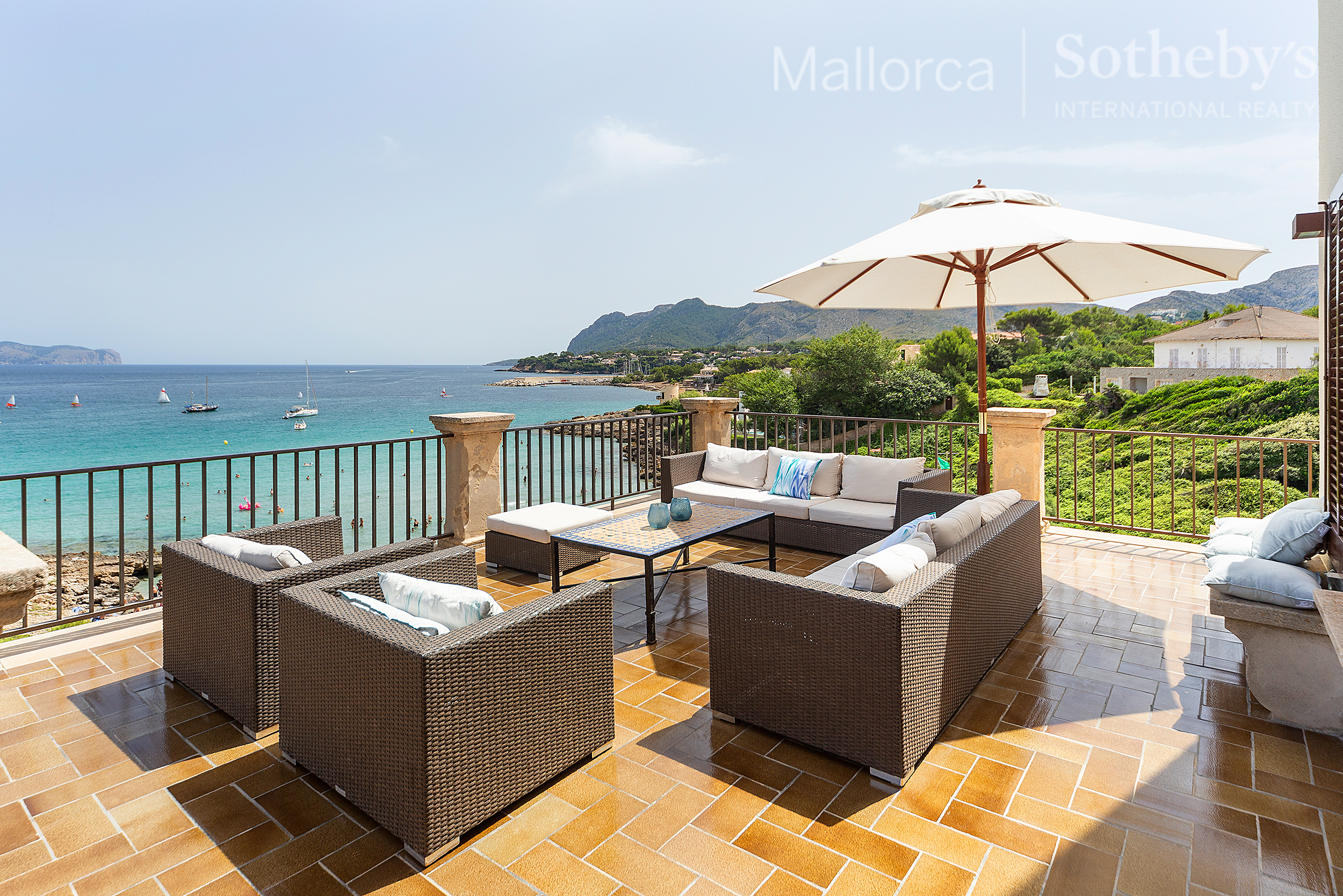 Idyllic mansion with direct access to the beach | 7068 | Mallorca